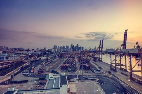 Microgrids at large ports